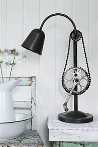 Industrial Style Möbel Selber Machen : die besten 17 ideen zu stehlampe selber bauen auf ~ Michelbontemps.com Haus und Dekorationen