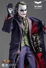 Hot toys the dark knight joker