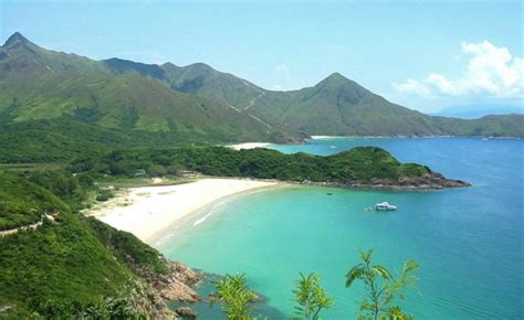 Top Five Beaches in Hong Kong