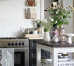 Fliesen Skandinavischen Stil : kuchenruckwand grun m bel und heimat design inspiration ~ Lizthompson.info Haus und Dekorationen