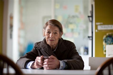 Glenda Jackson starts work on first TV role in more than ...