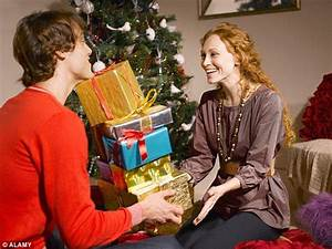 Surprise holiday is the most popular gift men will give ...