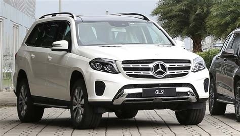 Add to compare write a review. Mercedes completes petrol portfolio in India; launches GLS 400 4MATIC