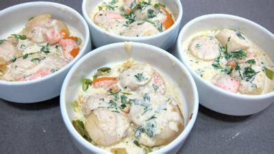 cuisiner les coquilles jacques fraiches coquilles jacques à la honfleuraise normandie