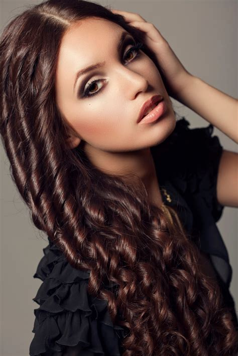 latest curly hairstyles  women   hairstyles