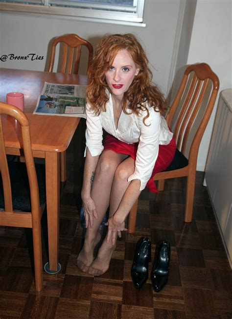 bronxties on twitter don t you just love sexy redheads