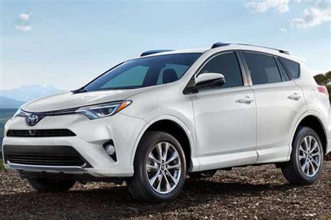 2018-Toyota-RAV4-Hybrid in Best Used Hybrid Suv Under 20000