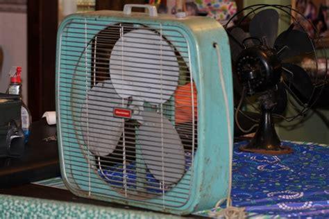 Dominion Box Fan And Heater