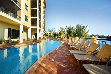 hotels in marco island with kitchen inn vacation club sunset cove marco island fl 8423