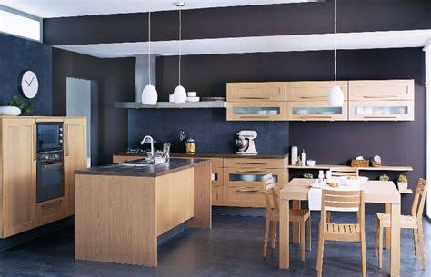 table de cuisine cuisinella cuisine brune et photo 5 10 une cuisine moderne