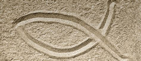 symbole das kreuz mit dem fisch katholischde
