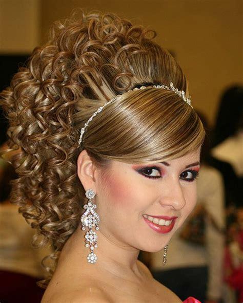 Easy But Cool Hairstyles by Capelli Corti Medi Lunghi E Mossi Scelta In Per La