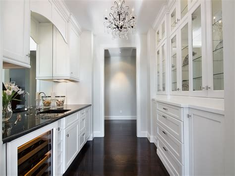 How To Arrange An Awesome Butlers Pantry In A Few Simple