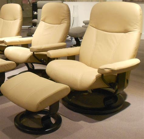 Stressless Diplomat Recliner Sale by Stressless Diplomat Small Consul Batick Latte Leather By