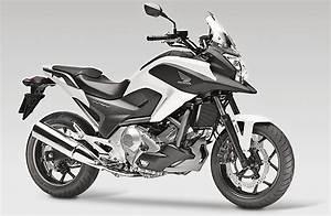 Honda Nc 700 : motorcycle rider motorcycle test travel accessories ~ Melissatoandfro.com Idées de Décoration