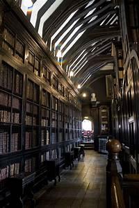 Bookcase - Wikipedia