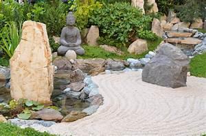 The Top 5 Benefits of a Desktop Zen Garden