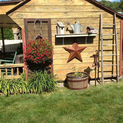 Country Garden Decoration Ideas