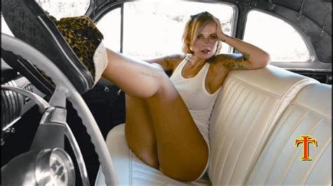 Country Girls and Trucks Wallpaper (46+ images)