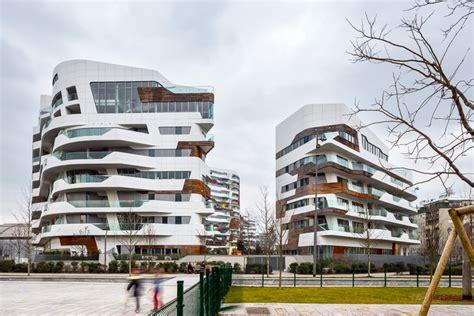 Citylife Apartments / Zaha Hadid Architects