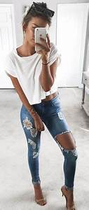25+ best ideas about Ripped Jeans Outfit on Pinterest ...