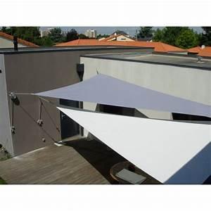 Toile Tendue Jardin : une belle voile d 39 ombrage pour le devant de la maison ~ Melissatoandfro.com Idées de Décoration