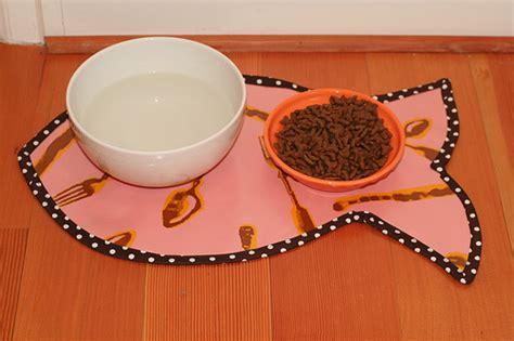 pet food mat diy pet food place mat petdiys