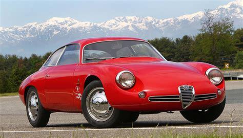 alfa romeo giulietta   auto images  specification