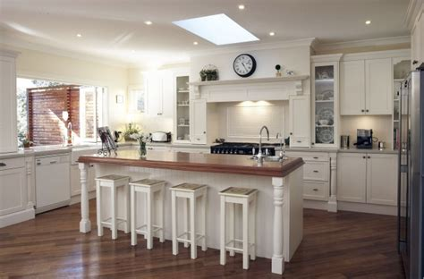 Traditional Kitchens Designs
