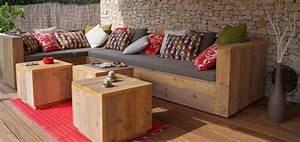 Canapé Jardin Bois : mobilier en palette de bois ~ Teatrodelosmanantiales.com Idées de Décoration