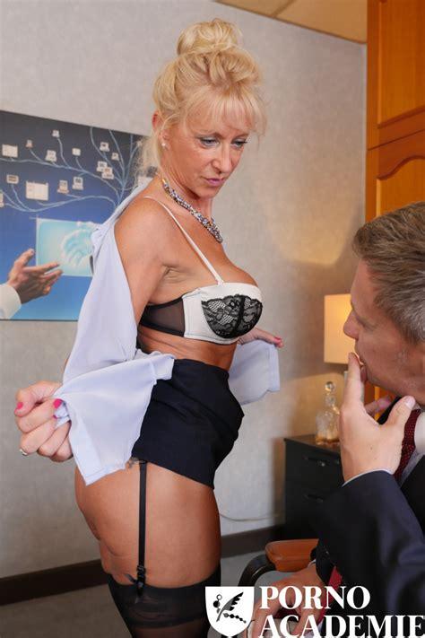 Mature Blonde Teacher Marina Beaulieu Have Dp Threesome
