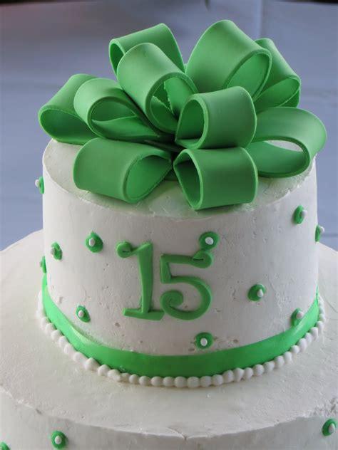 cakes   quinceanera cake sweet  cake green