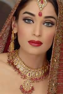 wedding makeup bridal makeup smokey eye brown looks tips 2014 images look photos pics images