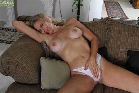 Thousands Of Tubes Granny In Session Close Up Slammed Scenes Features An Bald Lips Of