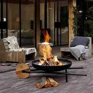 Brasero De Terrasse : 12 id es d co pour l 39 ext rieur clairage brasero et plaids ~ Premium-room.com Idées de Décoration