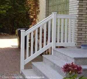 garten auf dem balkon geländer für balkon garten und terrasse hartholz weiss ral mit 25 jahren garantie