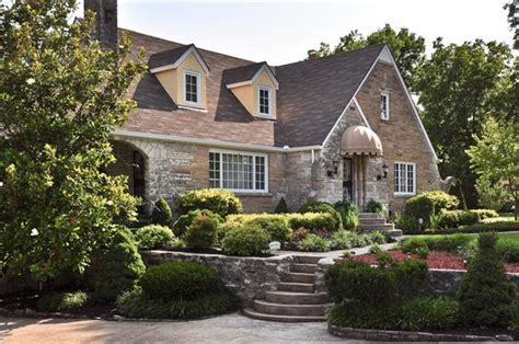 Cottages For Sale by Cottage For Sale Storybook