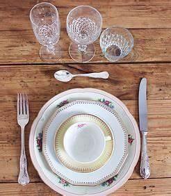 Location Vaisselle Vintage : les 25 meilleures id es de la cat gorie set de vaisselle ~ Zukunftsfamilie.com Idées de Décoration