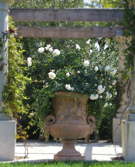 planting urns ideas good looking urn planters decoration ideas for entry traditional