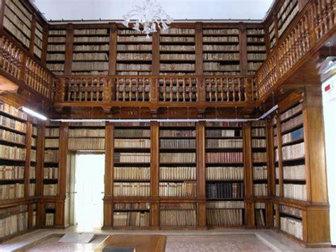 libreria verona monumenti di verona biblioteca civica