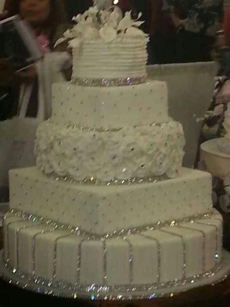 bling wedding cakes wedding cake bling