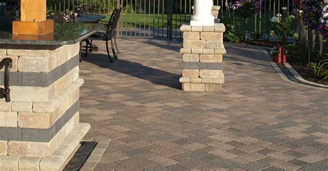 Olde Greenwich Cobble®  Unilock Commercial