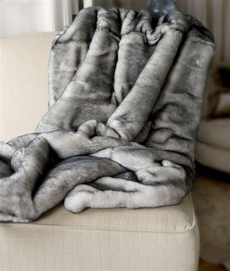 plaid canapé blanc plaid imitation fourrure pas cher 28 images plaid pas