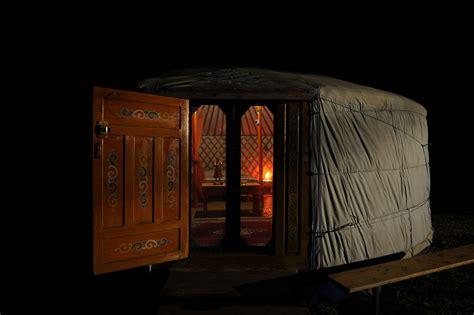 chambre d hote dentelles de montmirail yourte en provence au pied du mont ventoux avec à