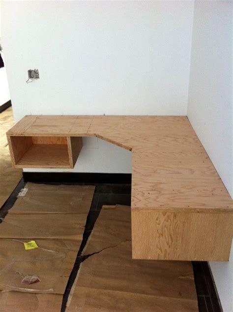 build a wooden desk build floating corner desk plans diy pdf wood project bar