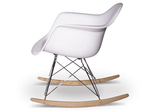 canape le corbusier eames rocking chair rar blanc