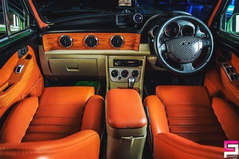 Cars Interior Modified : Hindustan Ambassabest Modified Hindustan Ambassador With