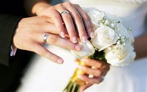 hands wedding rings bouquet roses hd wallpaper 77841 With wedding rings on hands photos