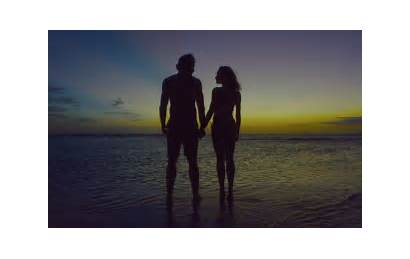 Beach Honeymoon Couple Weddingbee Palm
