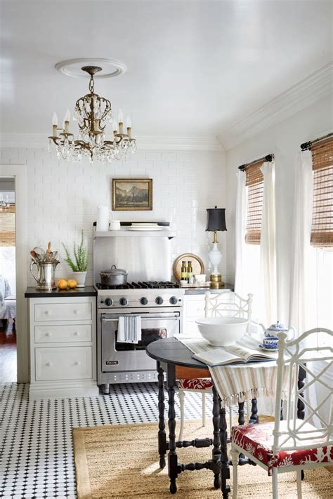 ye country kitchen 17 best ideas about small country kitchens on 1683